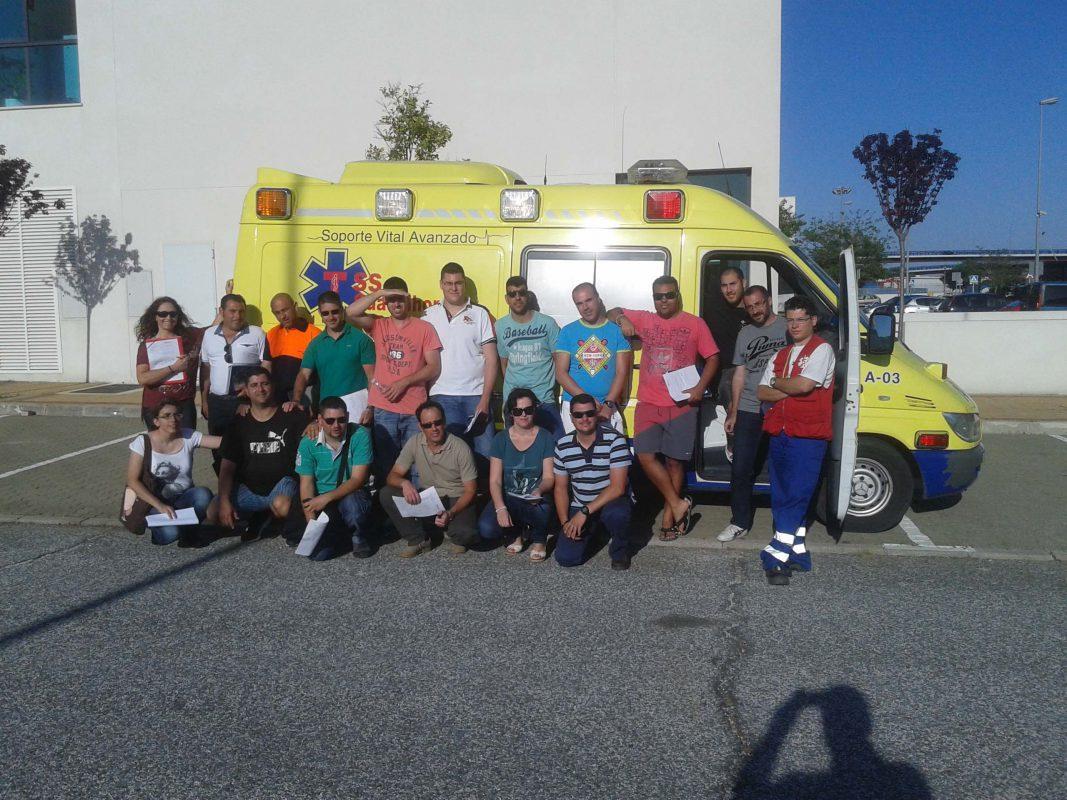 practicas-con-ambulancias-1.jpg