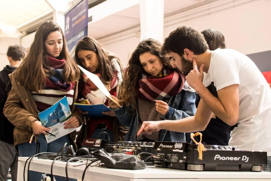 """Cesur PTA presente en el """"Salón de Orientación Universitaria"""""""