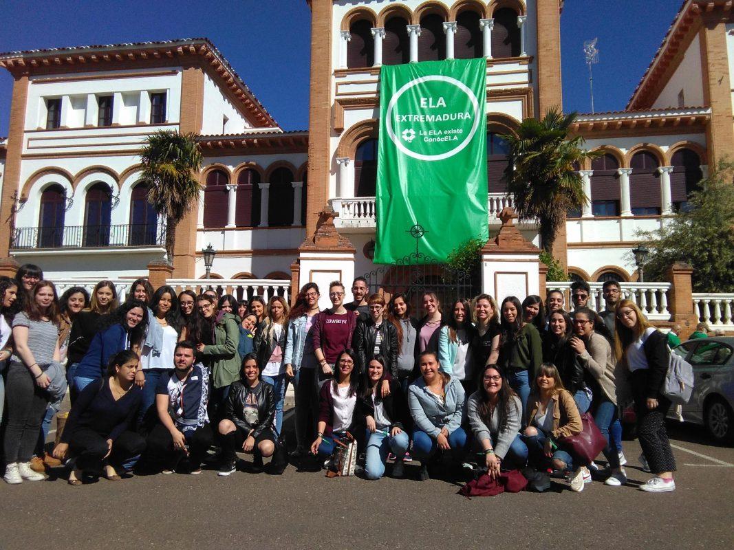 Charla de la asociación ELA de Extremadura